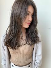 グレージュ|MASHU NU茶屋町店のヘアスタイル