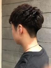 刈り上げで骨格補正メンズカット|MASHU NU茶屋町店のヘアスタイル