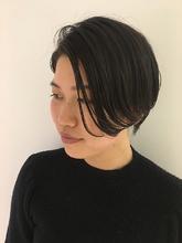 2wayショート|MASHU NU茶屋町店のヘアスタイル