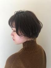 シースルーウェットの抜け感ショート MASHU NU茶屋町店 川口 千夏のヘアスタイル