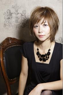 富岡 佳子さん風ショート|entrir 調布南口店のヘアスタイル