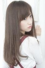 スモーキーアッシュ☆ストレートスタイル|keep hair designのヘアスタイル