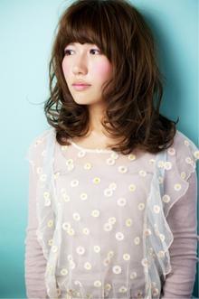 ガーリーミディー keep hair designのヘアスタイル