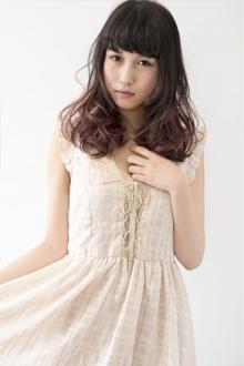 グラデーションカラー☆レッド系2トーンゆるふわミディー|keep hair designのヘアスタイル