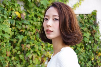 ☆軽やかに見えるリバースカール☆大人のエアリーボブ☆|Que hairのヘアスタイル