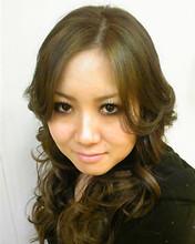 アッシュ系のMIXカラーでカール|KAMI-YU 千川店のヘアスタイル