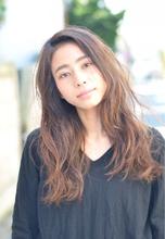 『PRESENCE BRAINS』巻かない☆ナチュラルカール|PRESENCE BRAINS 下北沢 林 瑠里子のヘアスタイル