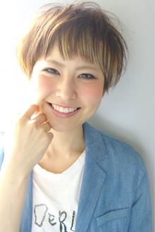 """ショートポイントグラデーションカラー☆ beyond-""""E""""のヘアスタイル"""