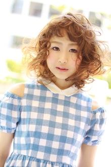 カーリーボブ |laluna alex 阪急六甲店のヘアスタイル