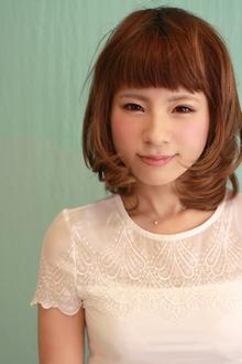 マンネリしがちなミディアムを個性的に!!|la luna ALEX 明石店のヘアスタイル