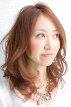 大人のハニカミディアム|rocca hair innovation【ロッカ】のヘアスタイル