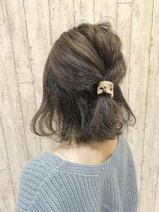 伸ばしかけハーフアップ|rocca hair innovation 稲毛西口店のヘアスタイル