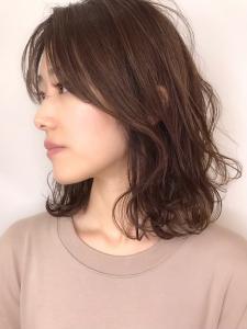 ミディアム×ニュアンスパーマ|rocca hair innovation 稲毛西口店のヘアスタイル