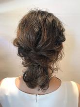 個性派シニヨン|rocca hair innovation 稲毛西口店 馬場 葉瑠香のヘアスタイル
