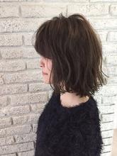 ゆるふわグランジグレージュボブ♪|MaruQuee de mashu 岡田 至弘のヘアスタイル