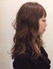 ナチュラルカラーロング|MaruQuee de mashuのヘアスタイル