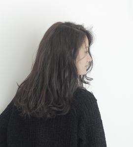 グレーアッシュカラー|MaruQuee de mashuのヘアスタイル