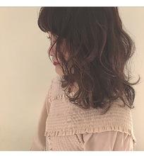 デザインカラーでチェリーヴァイオレット|Lumier de mashuのヘアスタイル