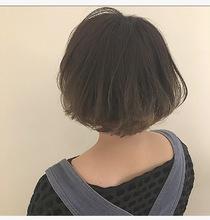 オン眉・アッシュデザインカラー|Lumier de mashuのヘアスタイル