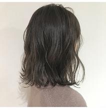 切りっぱなしボブグレージュ|Lumier de mashu 坂本 芽映のヘアスタイル