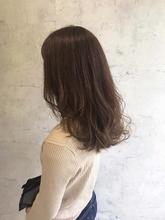 オリーブベージュ|Lumier de mashuのヘアスタイル