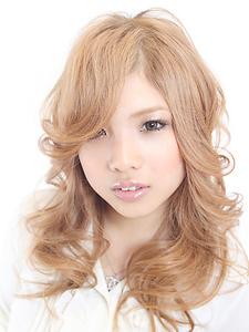 ソフティグラマラス|FEERIE tsukudaのヘアスタイル