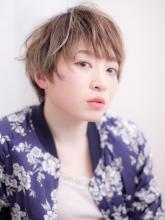 ざっくり前髪の【 外国人風 】くせ毛風ショート|ALVIVE  三国店のヘアスタイル