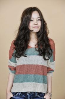 クセ毛風ウェーブ|unpeu hair 六地蔵店のヘアスタイル
