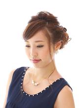 編み込みアップのパーティーヘア|unpeu hair 西京極店のヘアスタイル