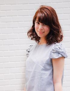 ☆ツヤなウェーブで上質キレイスタイル☆|kisa  fataのヘアスタイル
