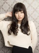 ブルネット+ハイライトの海外風スタイル。|Hayato Tokyoのヘアスタイル