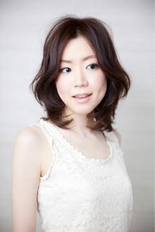 フワンティー|Hayato Tokyoのヘアスタイル