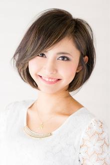 ハイライトで魅せる、クリアショートボブ|Hayato Tokyoのヘアスタイル