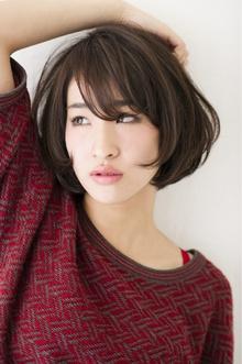 アンティークアッシュの小顔ナチュラルエアーボブ|Hayato Tokyoのヘアスタイル