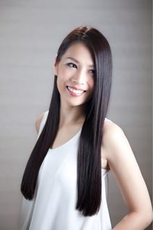 黒髪ワンレンストレートロング|Hayato Tokyoのヘアスタイル