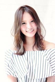 ☆ハネ感ふんわりセミロング☆|Aereのヘアスタイル