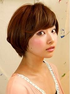 ナチュラルショート|Chakura arka Hair Salonのヘアスタイル