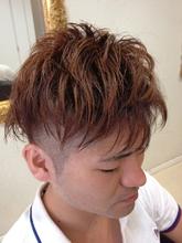 個性が欲しい方、髪が多い方に。2ブロックアシンメトリー|FRAME hairのヘアスタイル