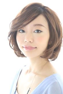 ワンランク上の上質なフェミニンカール|Hair&Make BONDのヘアスタイル