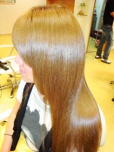 初BIKAパワー|Link for hairのヘアスタイル