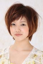 エアリーボブレイヤー|cheveu Brillerのヘアスタイル