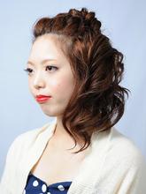 ナチュラルガーリーアップ|SAVONのヘアスタイル
