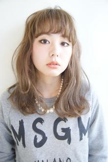 外国人風ラフロング|KO.MO.REのヘアスタイル