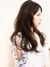 ラフなスタイリングで決まるデジタルパーマ|UNLEASH HAIRのヘアスタイル