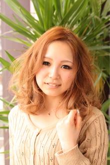 ★柔らかさが可愛いふんわりミディアム★|Chart Reuseのヘアスタイル