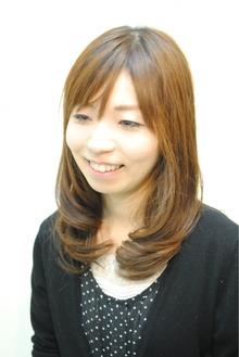☆清楚なミディアムロングのナチュラル愛されカール☆|Cure2のヘアスタイル