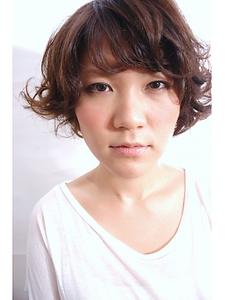 くりくりパーマ|one by one CLACCAのヘアスタイル