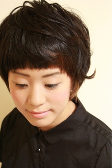 ショートヘア|one by one CLACCAのヘアスタイル