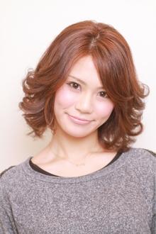 ちょっと大人な愛されミディアムスタイル|JEAN-CLAUDE BIGUINE 目黒店のヘアスタイル