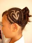 大人気!!ハートのコーンロウ|美容室パルファンのヘアスタイル
